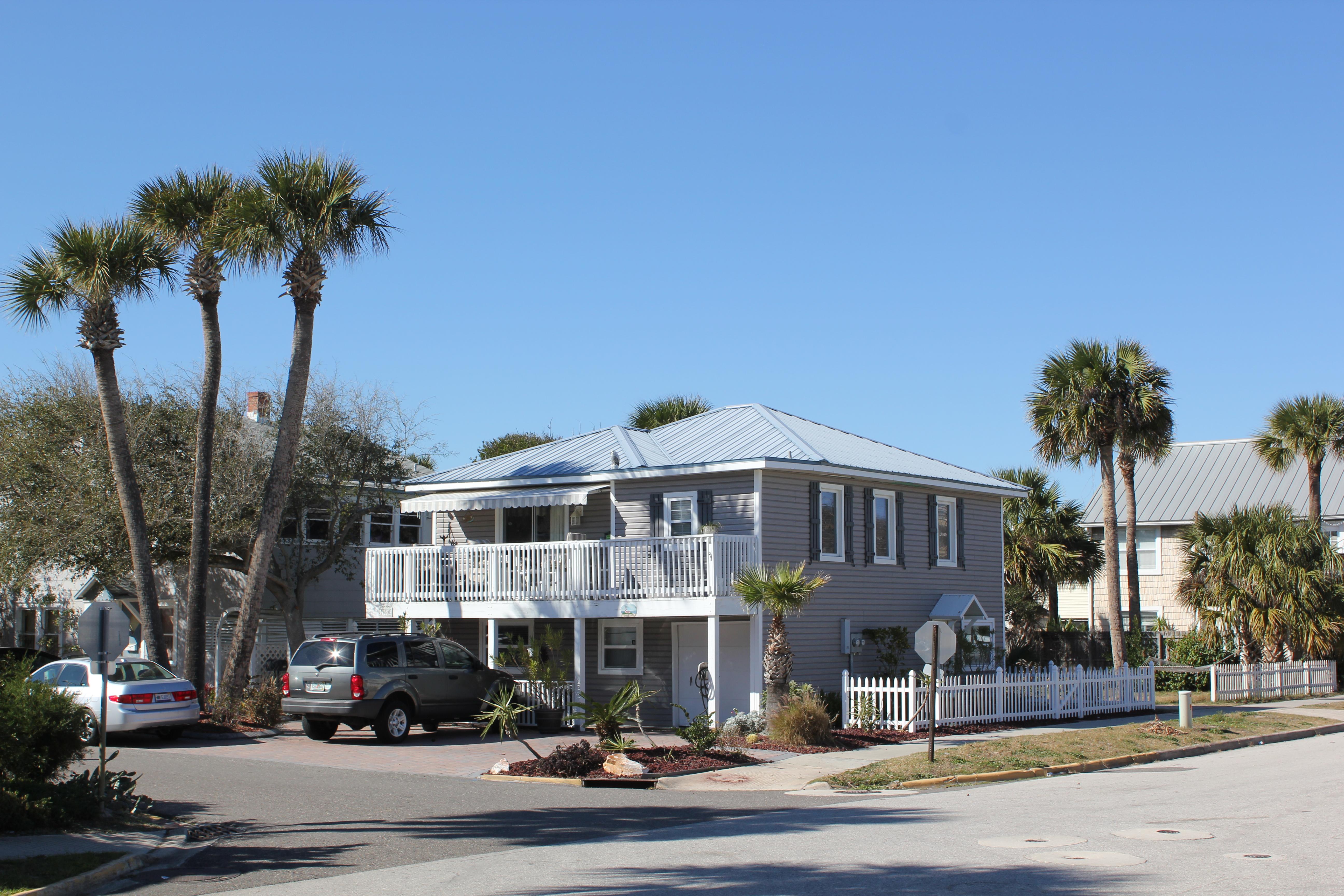 Florida neilkye for Cute beach houses